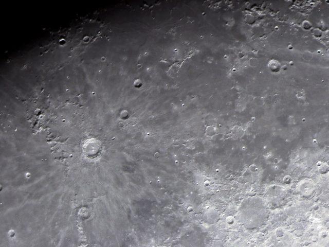 moon-16-10-11-18-59-29